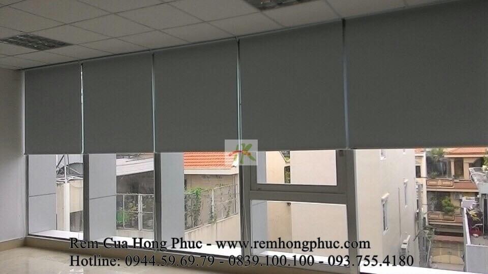 rem-sao-cuon-van-phong-chong-nang-gia-re-tphcm (2)-min