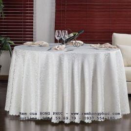 Khăn bàn tròn vải gấm – Round tablecloth