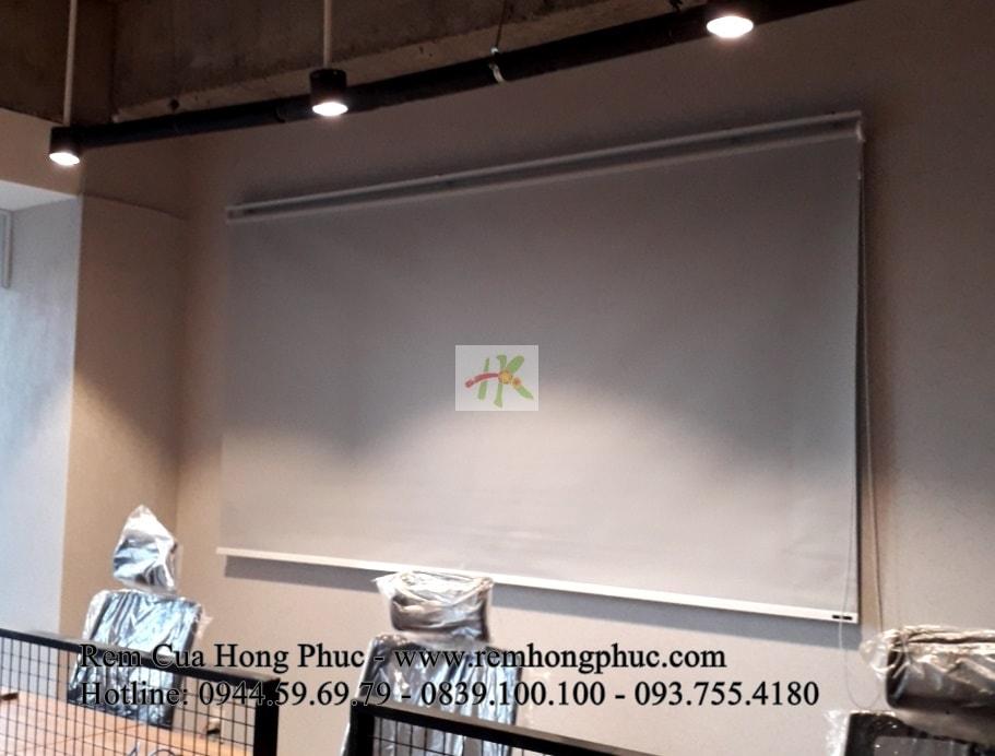 man-rem-sao-dung-van-phong-vertical-blinds-gia-re-hong-phuc-tphcm (5)-min