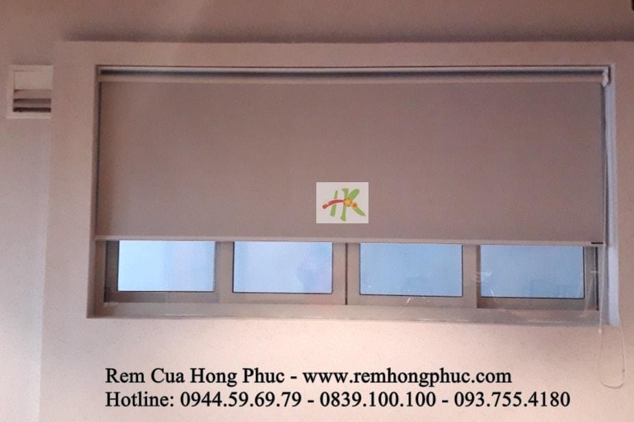 man-rem-sao-dung-van-phong-vertical-blinds-gia-re-hong-phuc-tphcm (6)-min